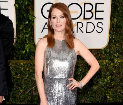 julianne moore en givechy golden globes 2015