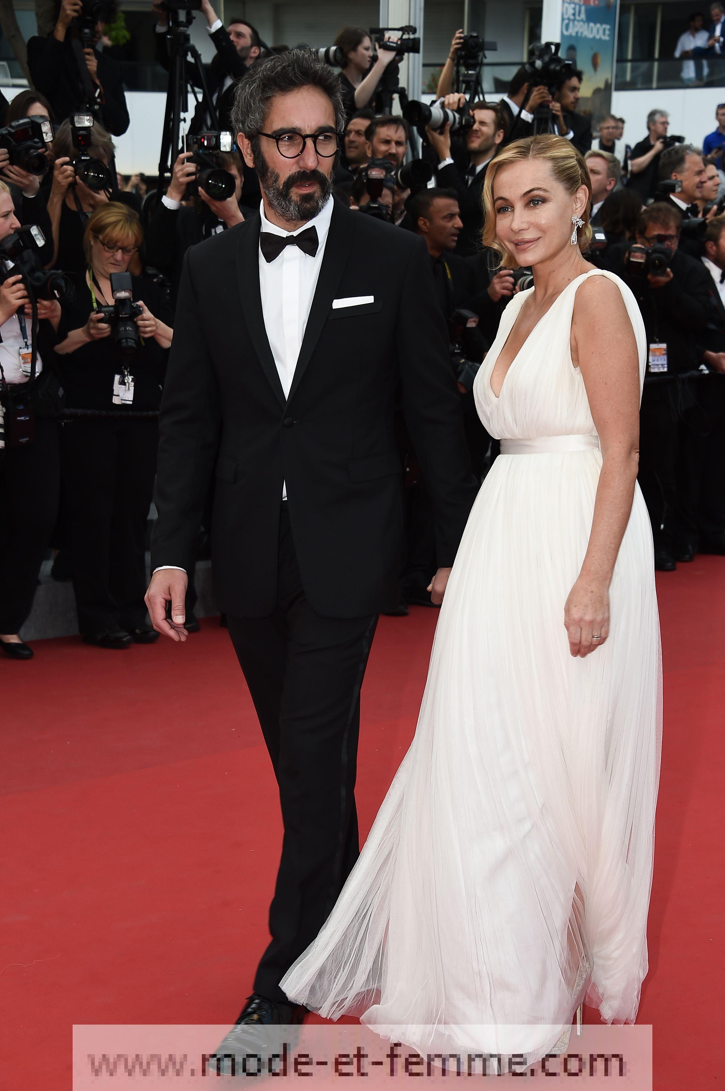 Emmanuelle Béart à Cannes: vraiment enceinte ?