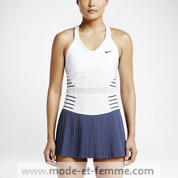 tenues de tennis nike femme