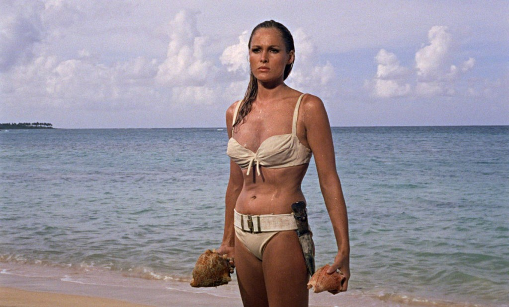 ursula andress maillot