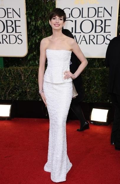 Anne Hathaway en Chanel aux Golden Globes 2013