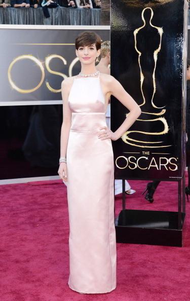 Anne Hathaway en Prada Oscars2013