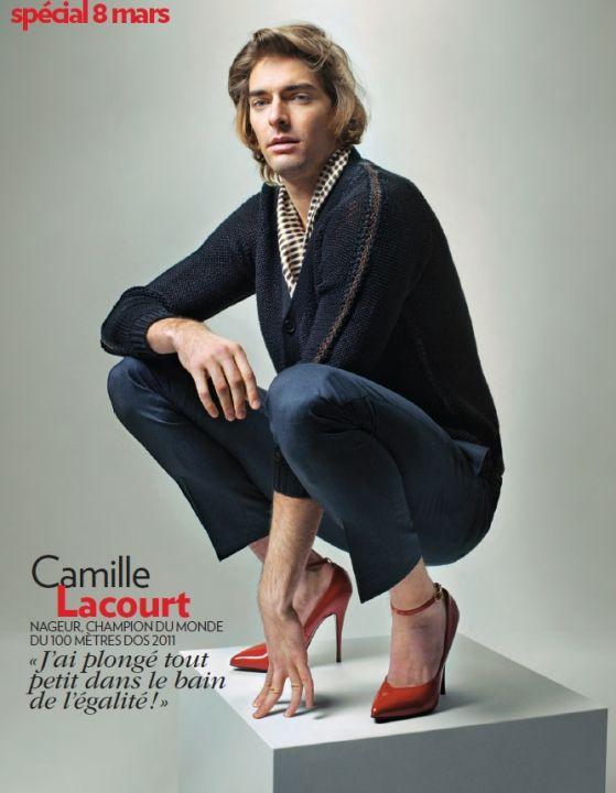 Camille Lacourt en talons aiguilles