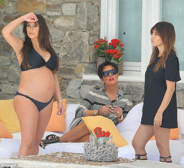 Les maillots de Kim Kardashian enceinte