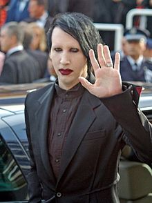 Marilyn Manson pour Yves Saint Laurent