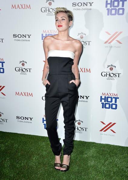 Miley Cyrus combinaison Valentino