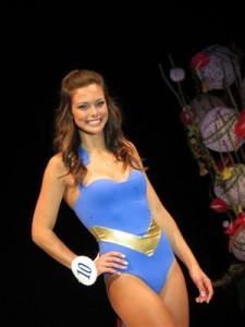 Miss Bourgogne 2012 en maillot de bain