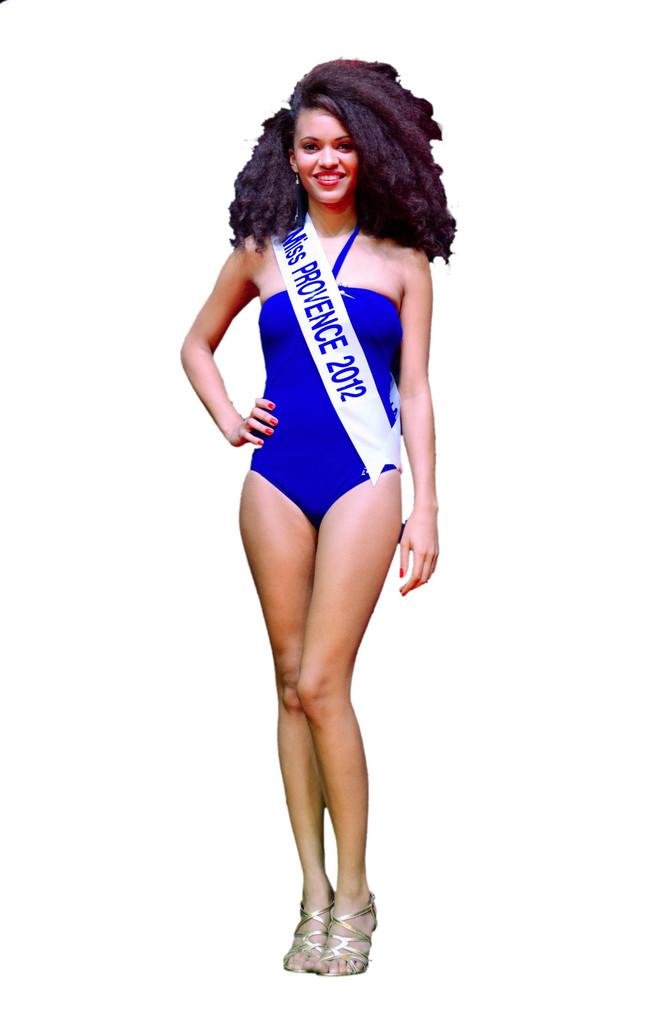 Miss Prestige National maillot