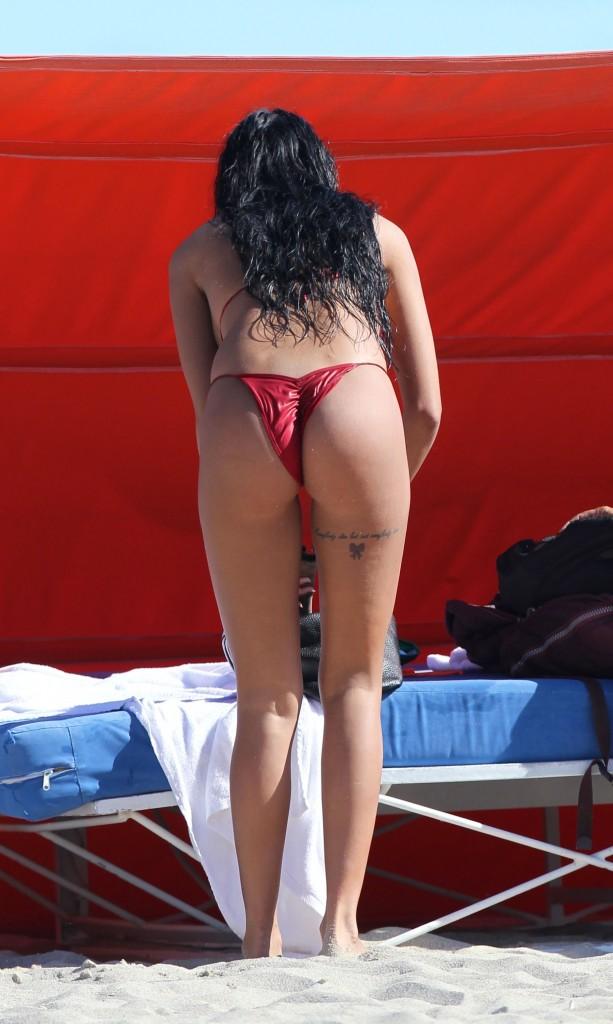 Jasmine rouge and sera passion black stockings threesome 10