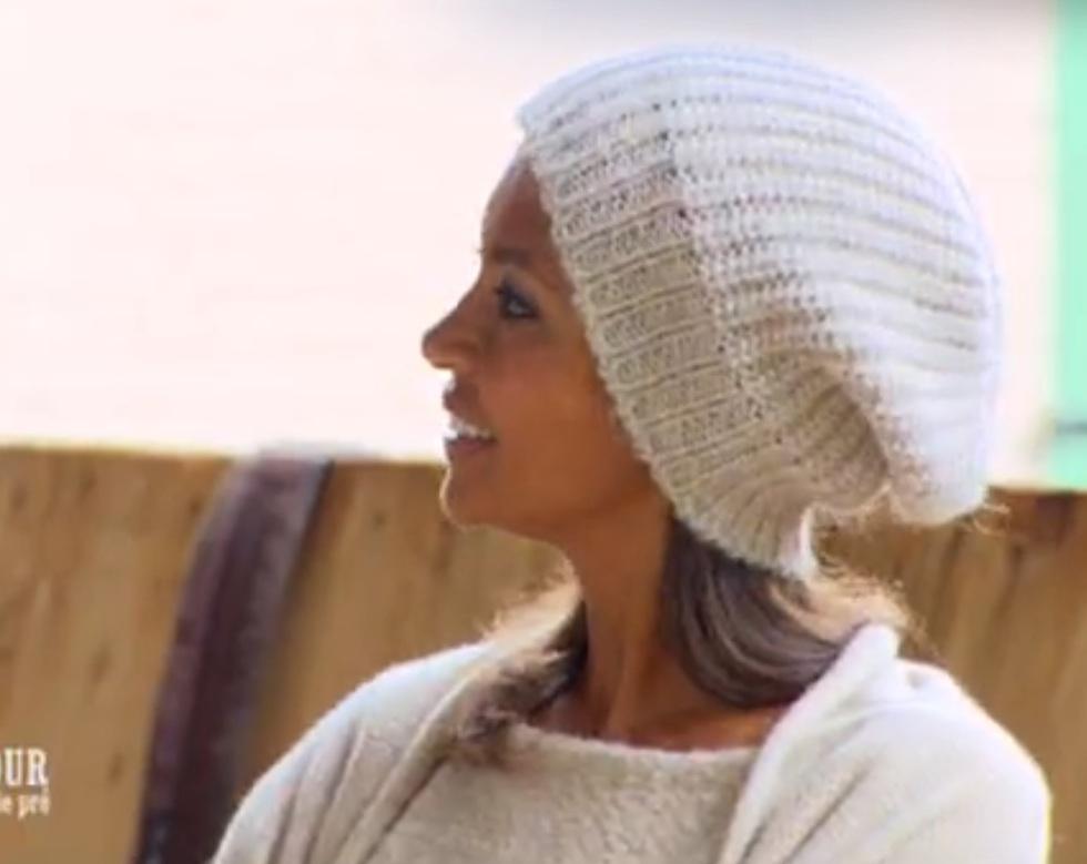 Les bonnets de Karine Le Marchand L'Amour est dans le pré