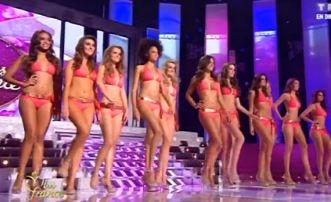 Défilé des candidates Miss France 2013 en maillot de bain