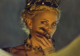 Charlize Theron dans Blanche Neige et le Chasseur