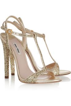 Yves Saint Laurent  495 euros. chaussures mariage miu miu