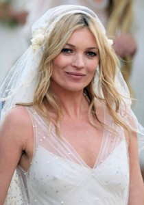 coiffure kate moss mariage