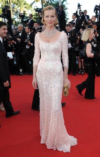 Eva Herzigova à Cannes