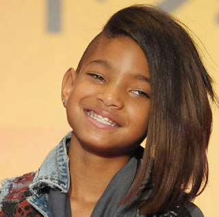 Coupe half hawk Willow Smith