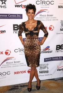 Halle Berry en léopard