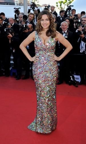 Décolleté de Kelly Brook à Cannes