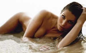 Laury Thilleman scandaleuse?