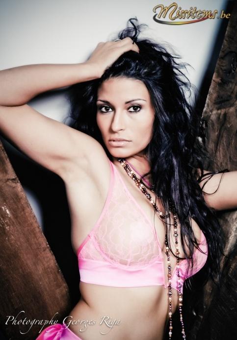 Les dessous sexy de Livia du Bachelor 2013