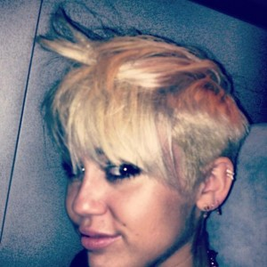Cheveux courts de Miley Cyrus