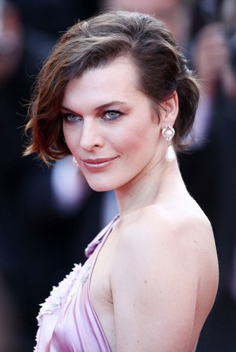 Milla Jovovich à Cannes
