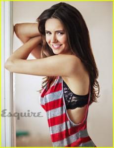 Nina Dobrev pour Esquire