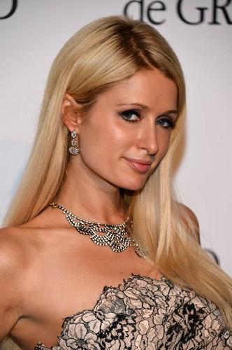 Nicky et Paris Hilton à Cannes