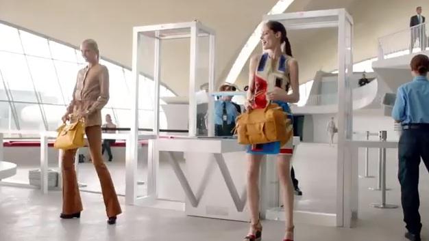 pub Longchamp 2013 avec Coco Rocha