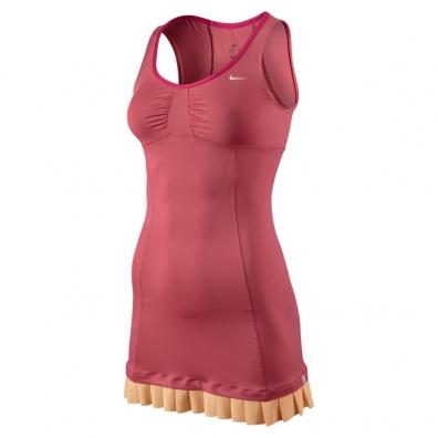 robe rose de Victoria Azarenka