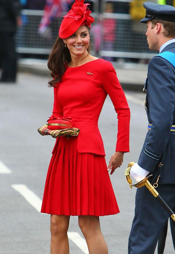 robe rouge de Kate Middleton au Jubilé de la Reine Elizabeth II