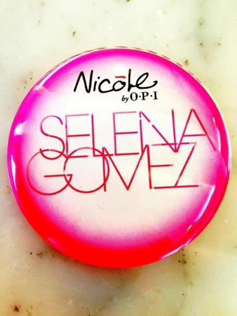 Vernis Nicole OPI par Selena Gomez